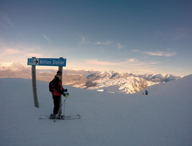 Ski Queenstown - LiveRecklessly.com