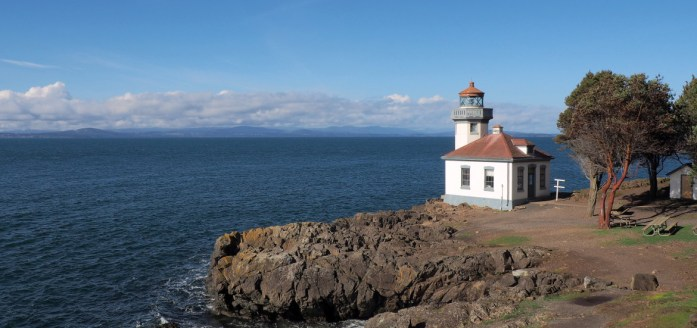 San Juan Island weekend getaway. Pictured is the lighthouse at Lilm Kiln Point - LiveRecklessly