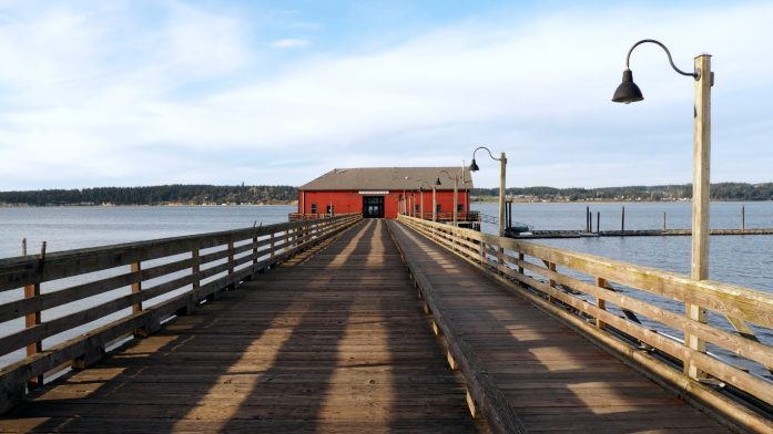 Expat Escapades March 2016: enjoying golden hour at Coupeville - LiveRecklessly.com