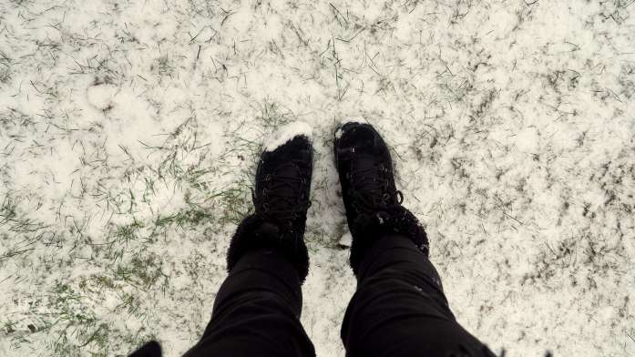 Feet in the snow. Snow in Anacortes - liverecklessly.com