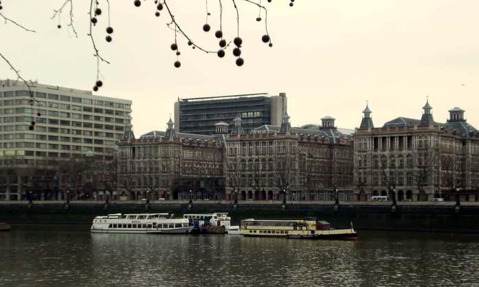 London Thames River Last time I was in London - www.liverecklessly.com