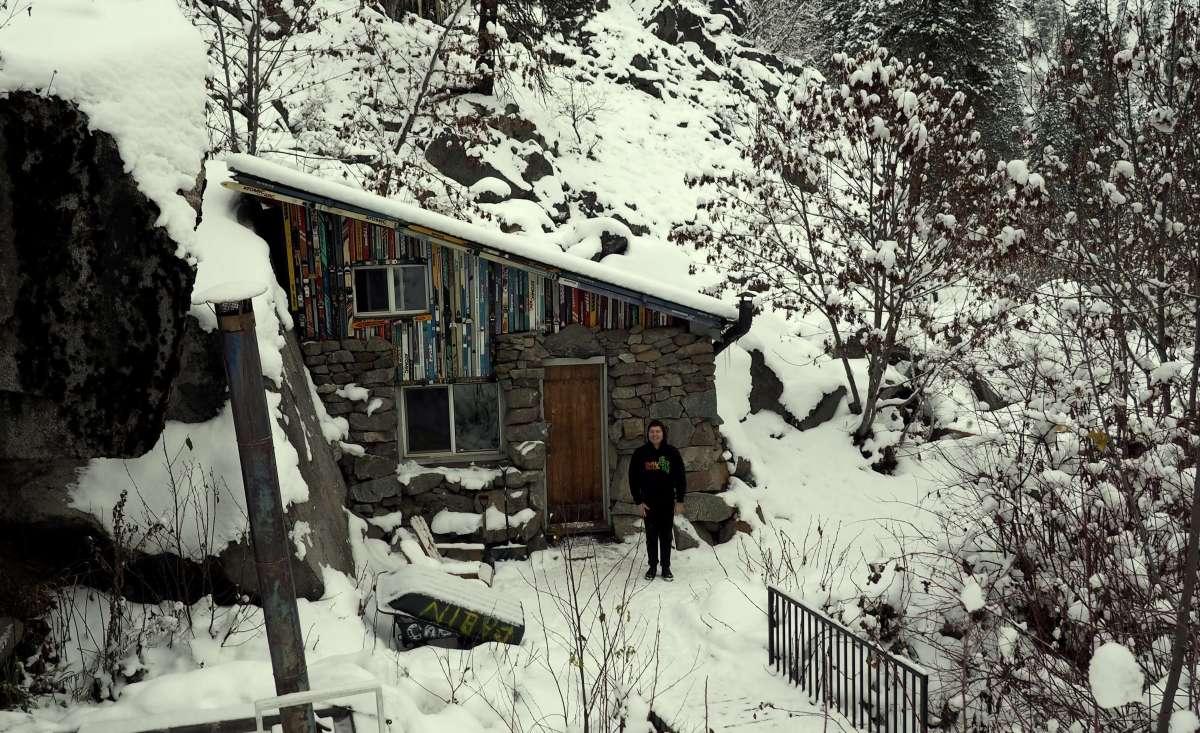 Expat Escapades December - Leavenworth snow cabin - Live Recklessly