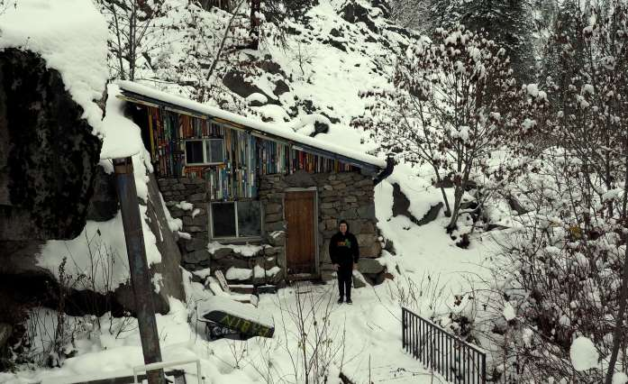 Expat Escapades December - Leavenworth snow cabin - Live Recklessly