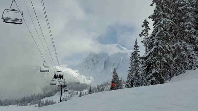 Expat Escapades February 2017 - Mt Baker skiing views Washington - Live Recklessly