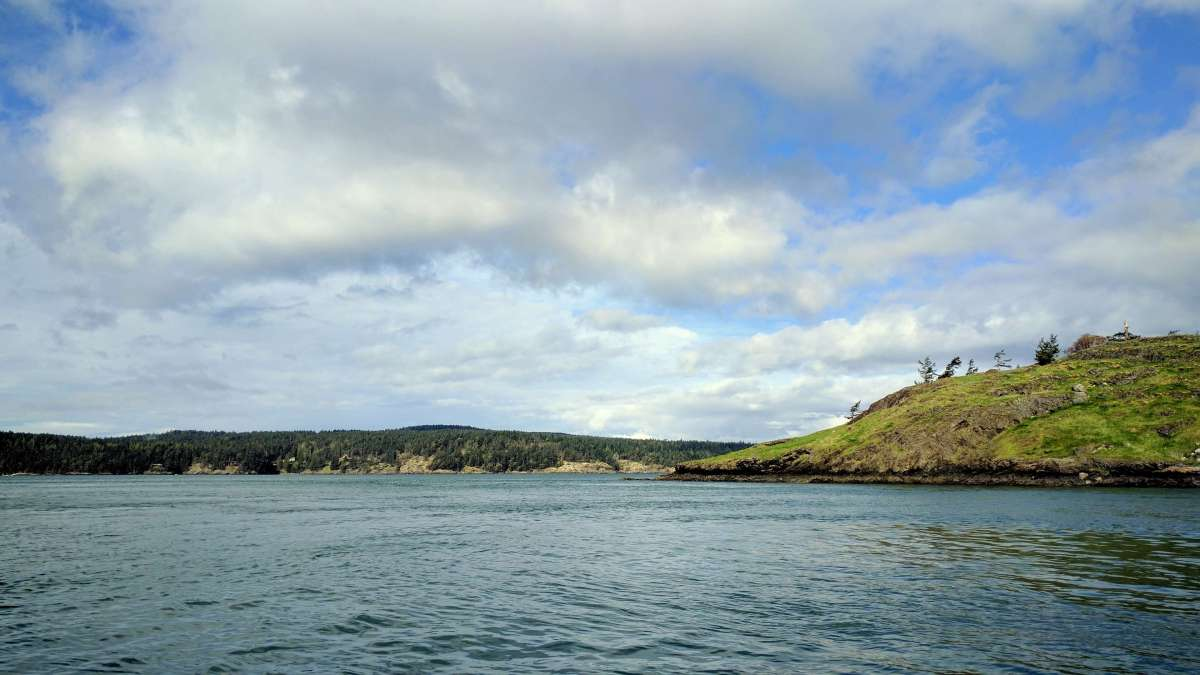 Beautiful scenery while Salmon fishing in the San Juan Islands Washington State - Live Recklessly