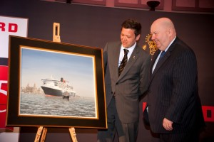Cunard Director Angus Struthers and Mayor Joe Anderson with the portrait to mark Cunard's 175th anniversary