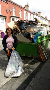 Clle O'Byrne at the community clean-up