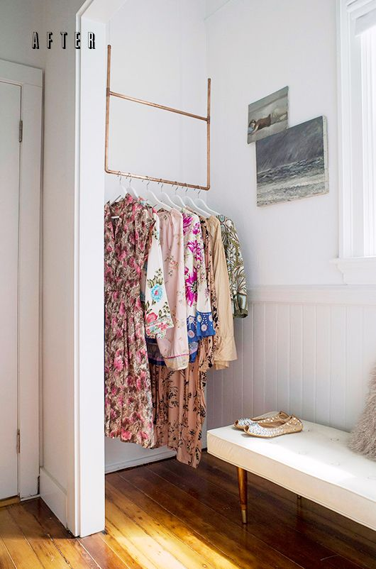 Merveilleux Great Small Space Solution   The Corner Hanging Bar Closet!