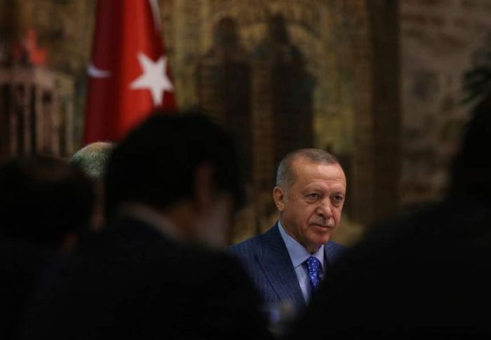 Η ύβρις και το ρίσκο του Ερντογάν