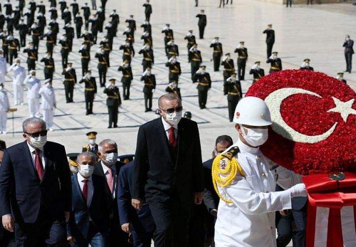 Γιατί έγινε αχίλλειος πτέρνα η οικονομία για τον Ερντογάν