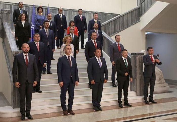 Σκόπια: Έλαβε ψήφο εμπιστοσύνης η κυβέρνηση Ζάεφ – Αλβανός ο νέος υπουργός Εξωτερικών