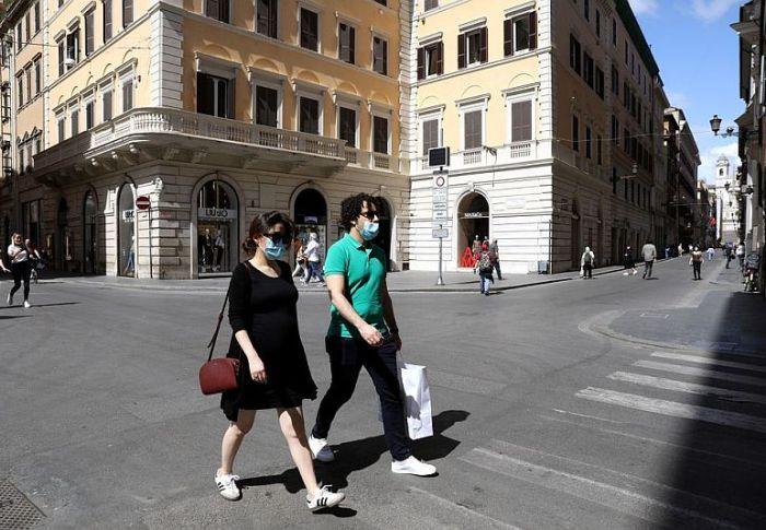 Ιταλία: Ανακοινώθηκαν 24 θάνατοι και 1648 νέα κρούσματα