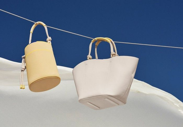 14 hot beach bags για να παραμένετε κομψές και στην παραλία