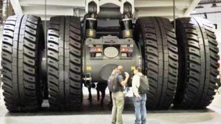 Το μεγαλύτερο φορτηγό στον πλανήτη είναι αυτό! (Βίντεο)