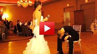 Ο γαμπρός δεν μπόρεσε να συγκρατήσει τα δάκρυά του, όταν κατάλαβε τι πήγε να κάνει η νύφη!!!