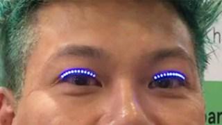 LED βλεφαρίδεςέρχονται στη μόδα και δείτε τι μπορούν να κάνουν! (Βίντεο)