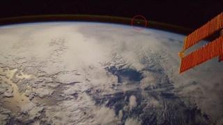 Αστροναύτης καταγράφει σε βίντεο μετεωρίτη την ώρα που εισέρχεται στην γήινη ατμόσφαιρα