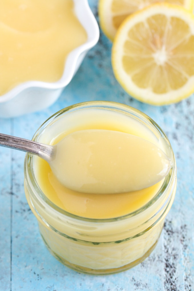 An easy recipe for lemon curd made in the microwave!
