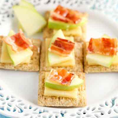 Smoked Gouda, Apple, Bacon, and Honey Bites – Apbagoudacuit
