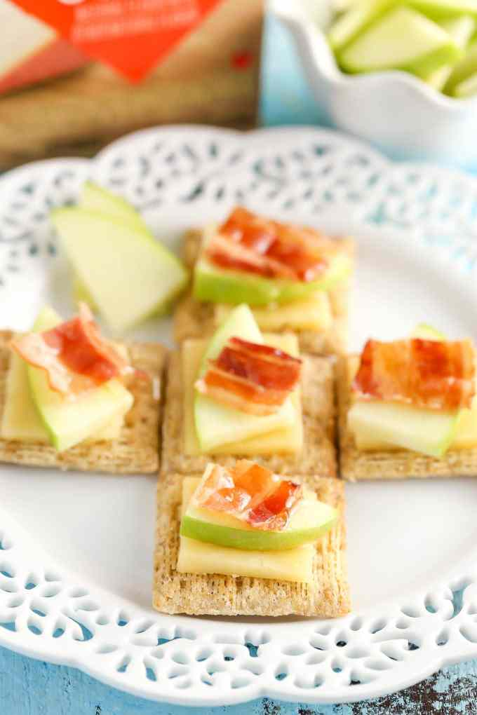 These Smoked Gouda, Apple, Bacon, and Honey Bites are a delicious and easy appetizer!