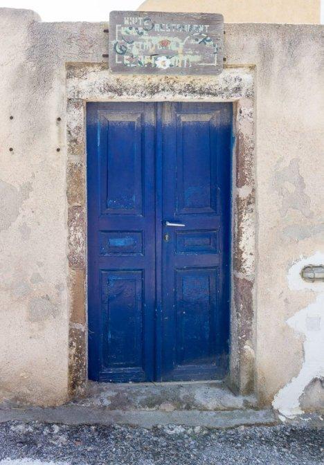blue-door-santorini