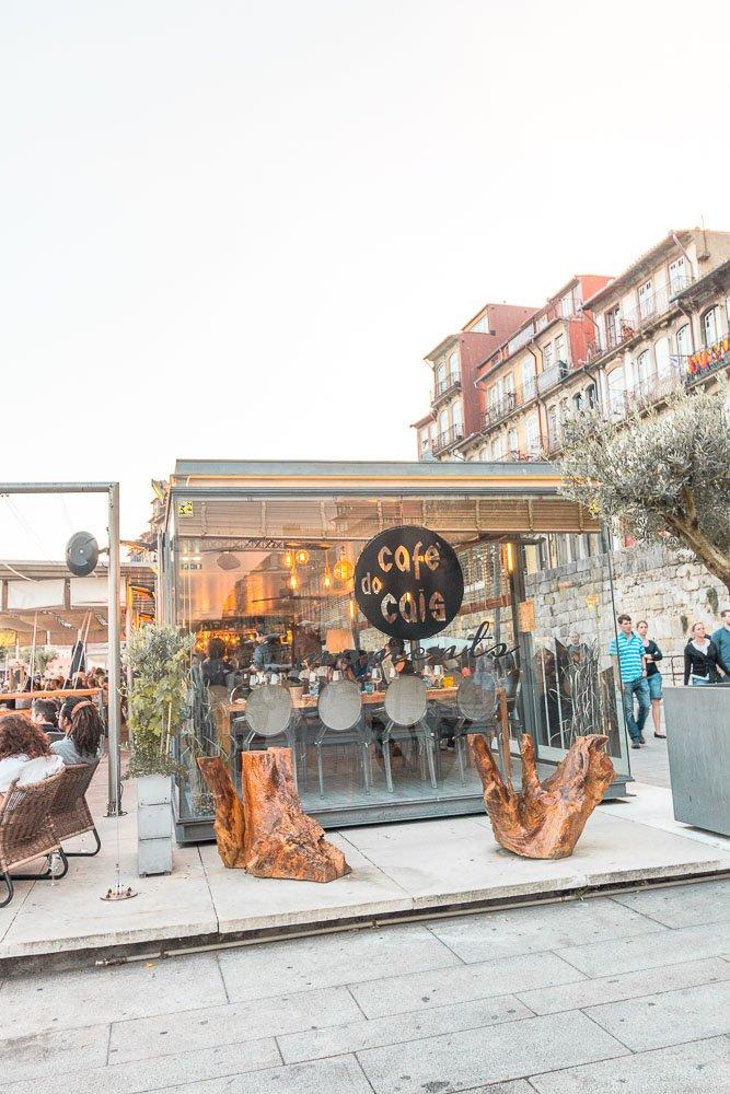 cafe do cais in Porto