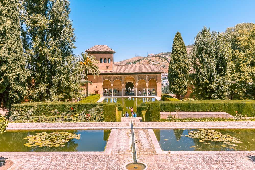 granada - alhambra pools