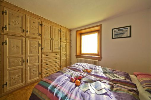 livigno ski apartment