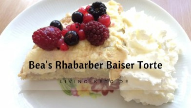 Read more about the article Bea's Rhabarber Baiser Torte
