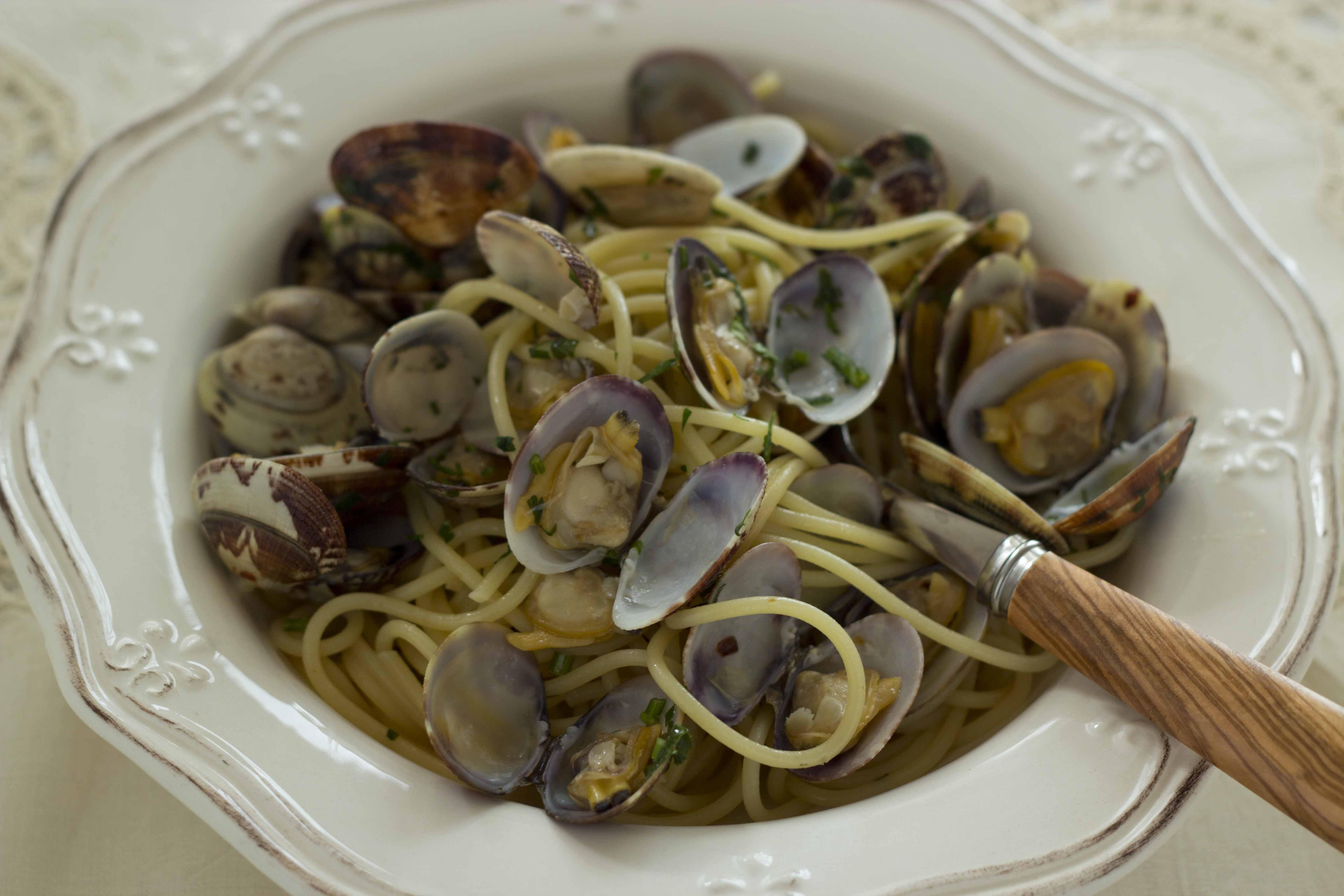 Spaghetti Alla Vongole Spaghetti With Clams Is A