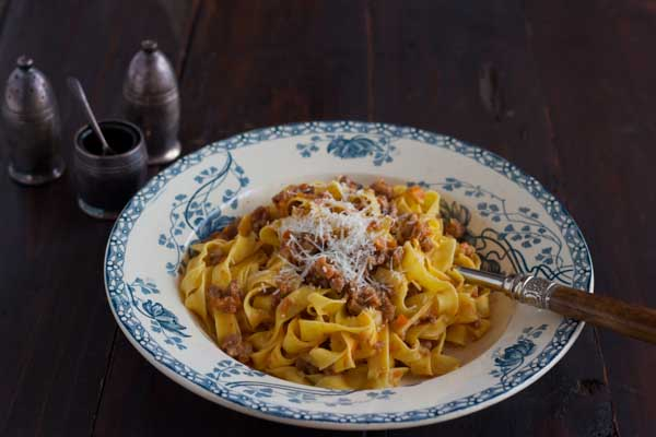 Tagliatelle alla bolognese (ribbon fresh egg pasta with meat sauce)