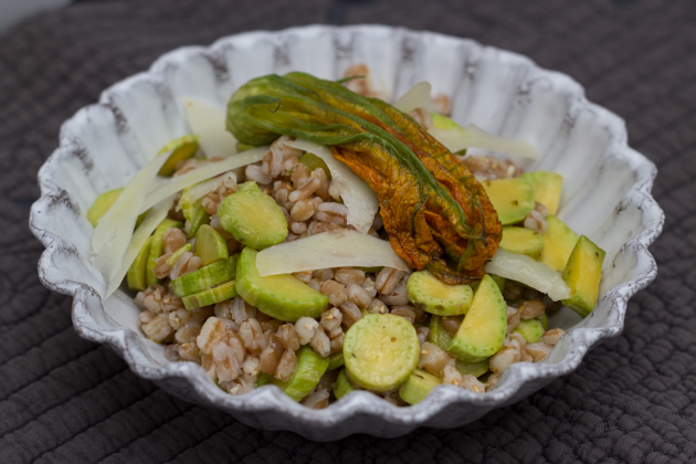 Farro salad with zucchini and pecorino cheese
