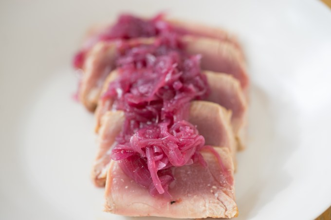 Tonno con cipolle in agrodolce (tuna with sweet and sour onions) – Sicilia