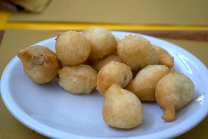 Zeppoline (fried dough)