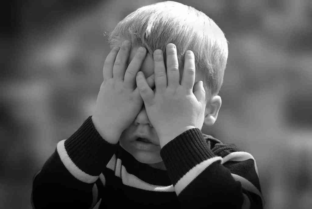 The Right Approach to Defusing a Tantrum and Calm Your Child