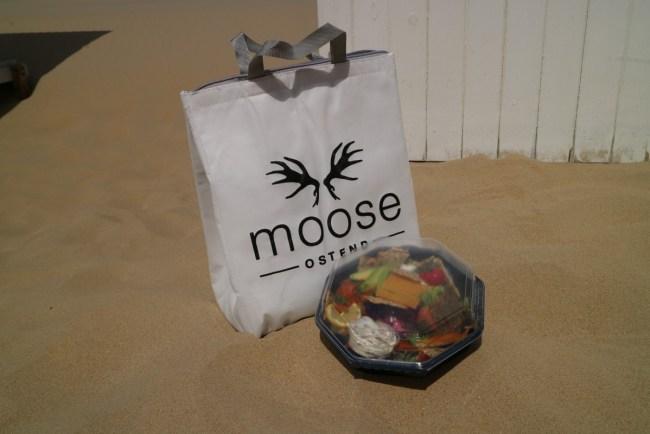 Picknick op het strand - slaatje van bij Moose Ostend