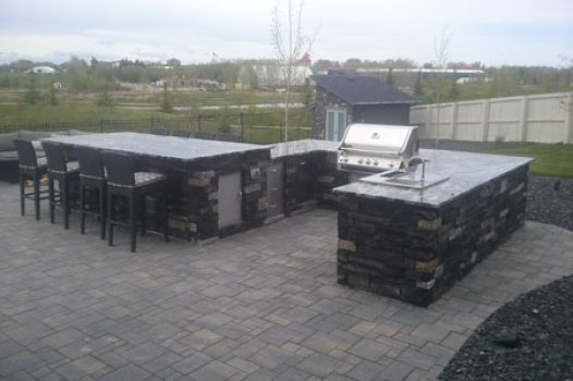Outdoor Kitchen and Patio Construction in Calgary