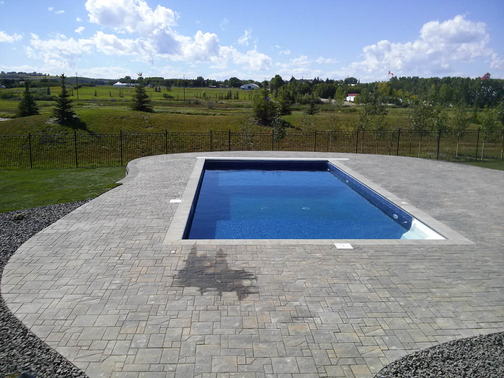 Paving Stone Patios - Living Earth Landscapes - Calgary