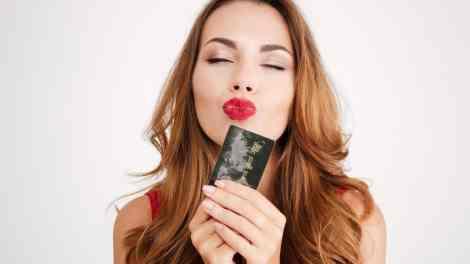 how to remove lipstick