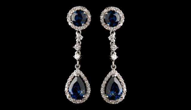 Engrossing Blue Sapphire Dangle Earrings