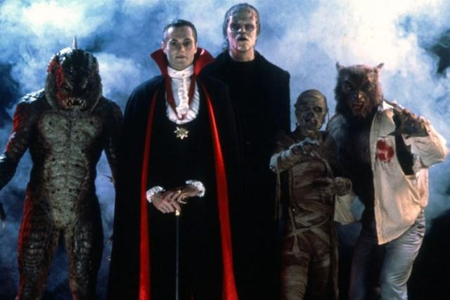 horror-movie-marathon-on-halloween