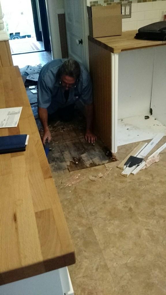 tearing up kitchen floor tiles