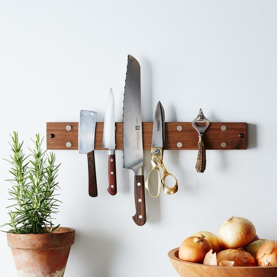 magnetic wood knife holder