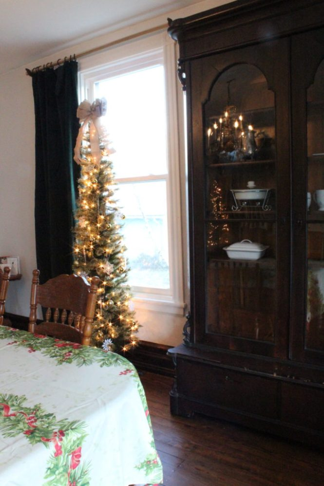 emerald green curtains dining room christmas