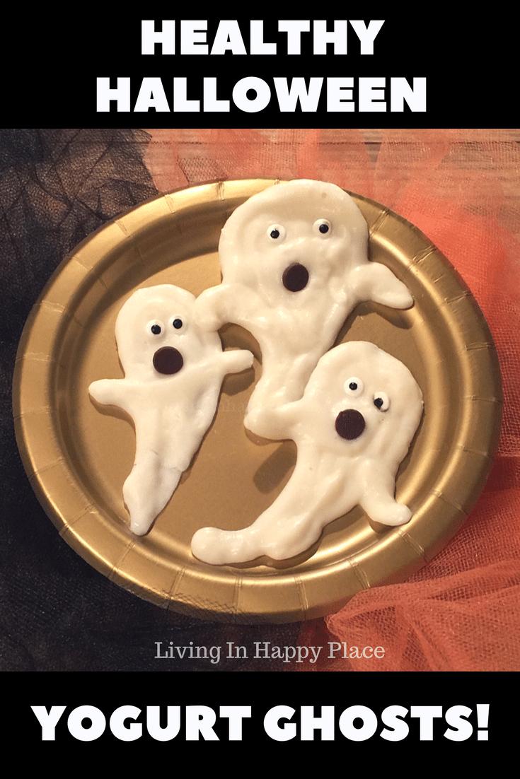 Healthy Halloween Snack- Yogurt Ghosts