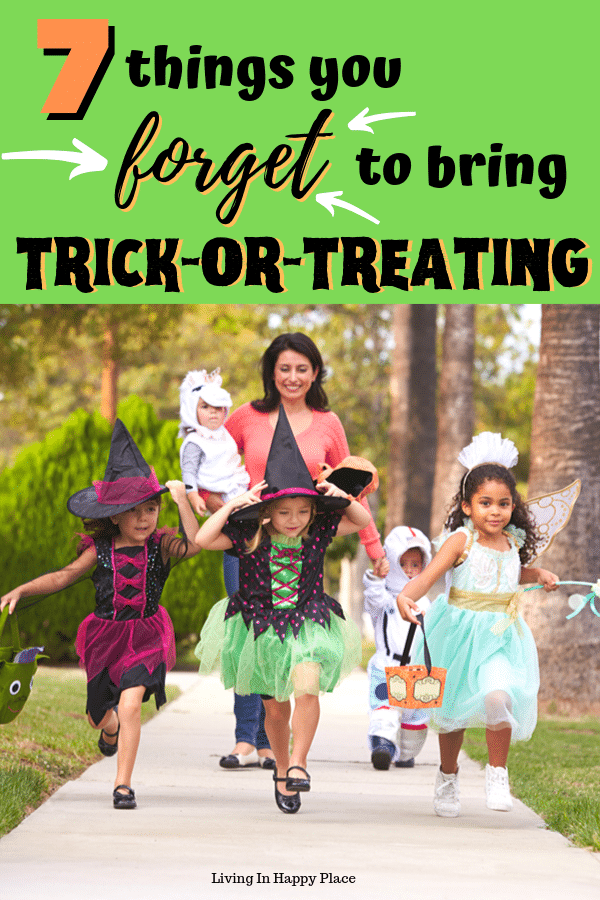 7 Things parents FORGET to bring trick-or-treating!