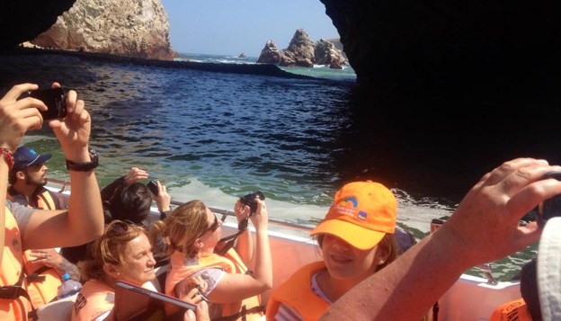 Ica in Two Days: Trip to Paracas, Islas Ballestas,and Huacachina