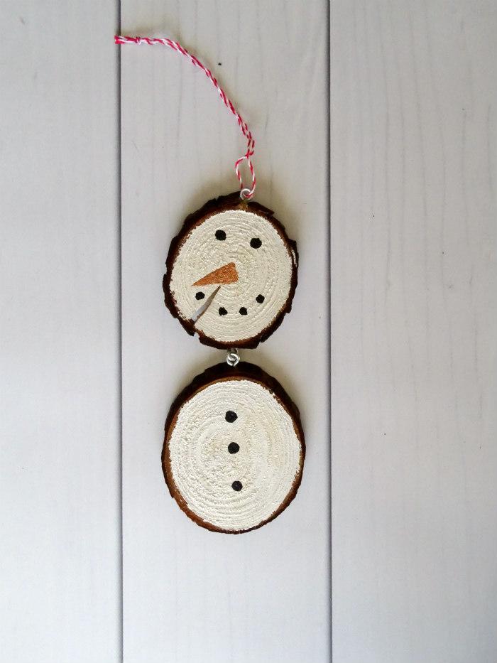 DIY Rustic Wood Slice Snowman Ornament