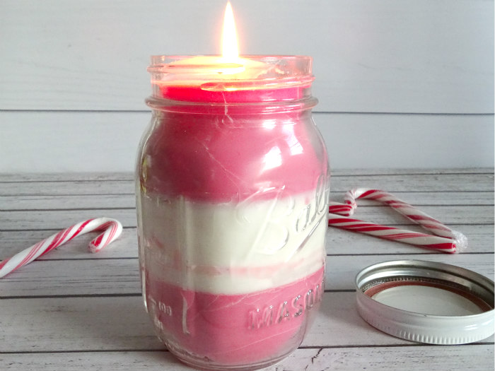 DIY Candy Cane Peppermint Candle