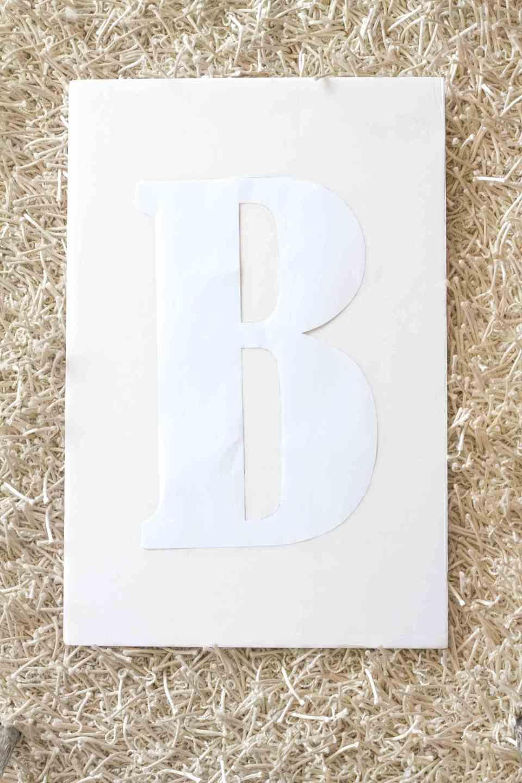 DIY-sibebo-paper-flower-monogram-for-livingloving-5
